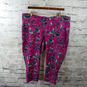 Old Navy Active Go Dry Fitted Floral Crop Leggings